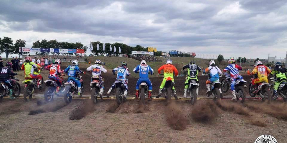 Start Gästeklasse bei der Motocross-Landesmeisterschaft Sachsen-Anhalt 2016 in Teutschenthal