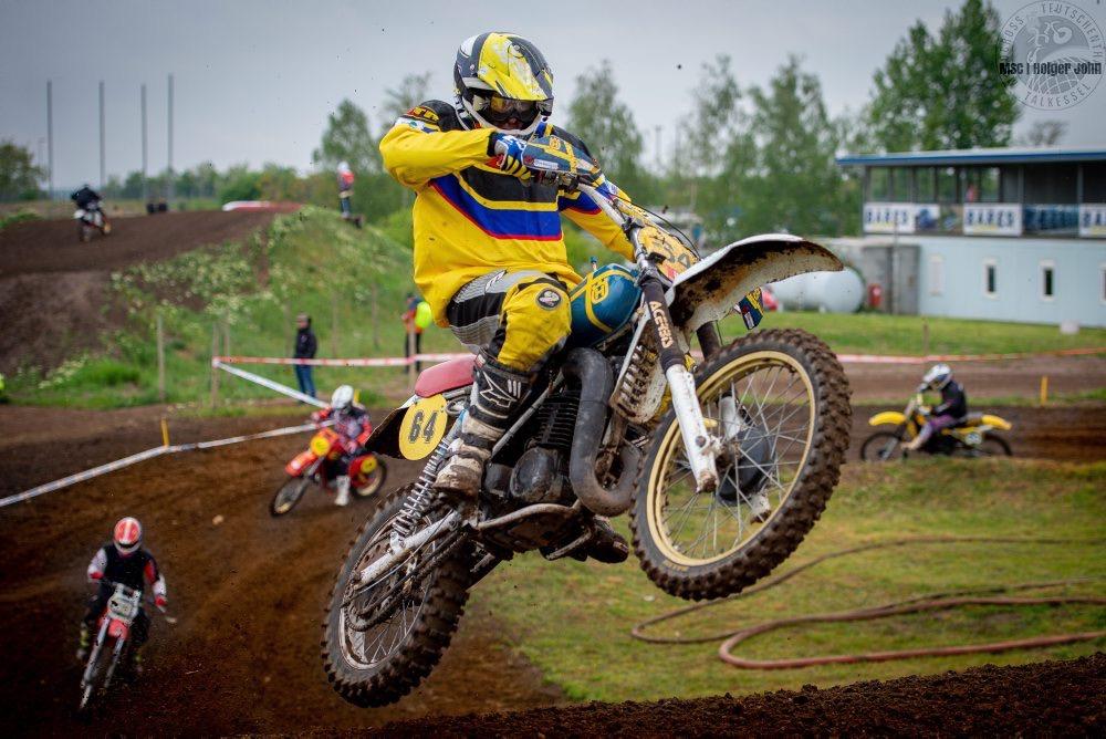 Bernd Hesse #64 (GER , Husqvarna 350)<br /> Twin-Shock 50+ - TALKESSEL-CLASSICS - 3. Motocross Classic - 11.05.2019 | Talkessel Teutschenthal - Foto: Holger John